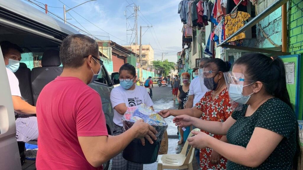 Each care package costs just €8.50, but is a lifeline to a family in the Philippines in the midst of the coronavirus crisis.